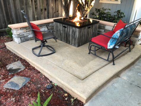 A picture of outdoor fireplace in Chino Hills.